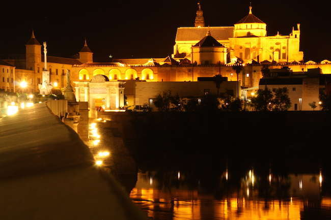 How are the night routes in Córdoba?